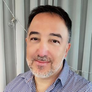 Tony Director • Cosmo Hair & Beauty • Dickson